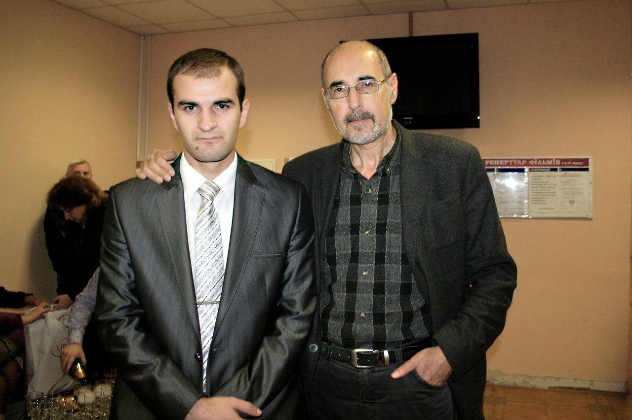 Режиссер Ваган Степанян, сценарист Армен Ватян