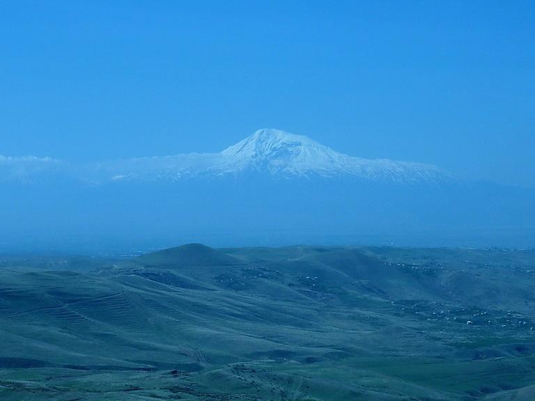 armenia_yerevan_garni_2012_01