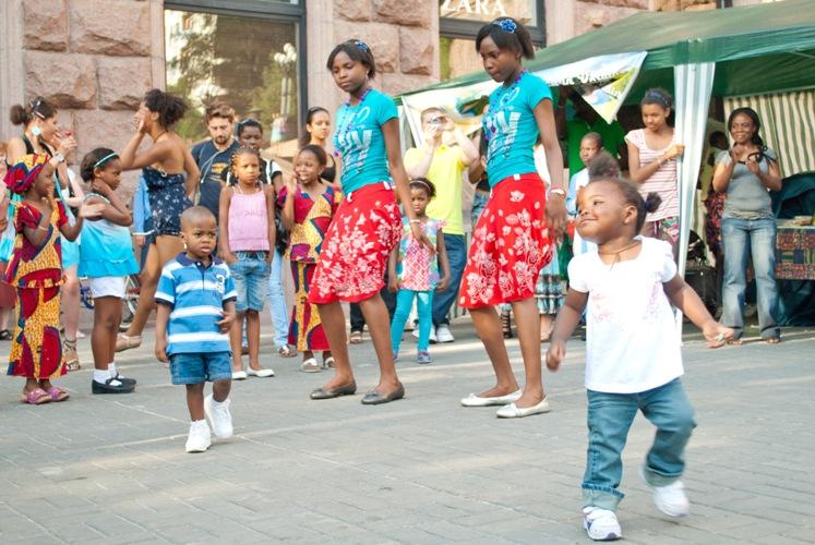 """ОО """"Африканский совет в Украине"""". Празднование дня Африки, новое поколение афроукраинцев"""