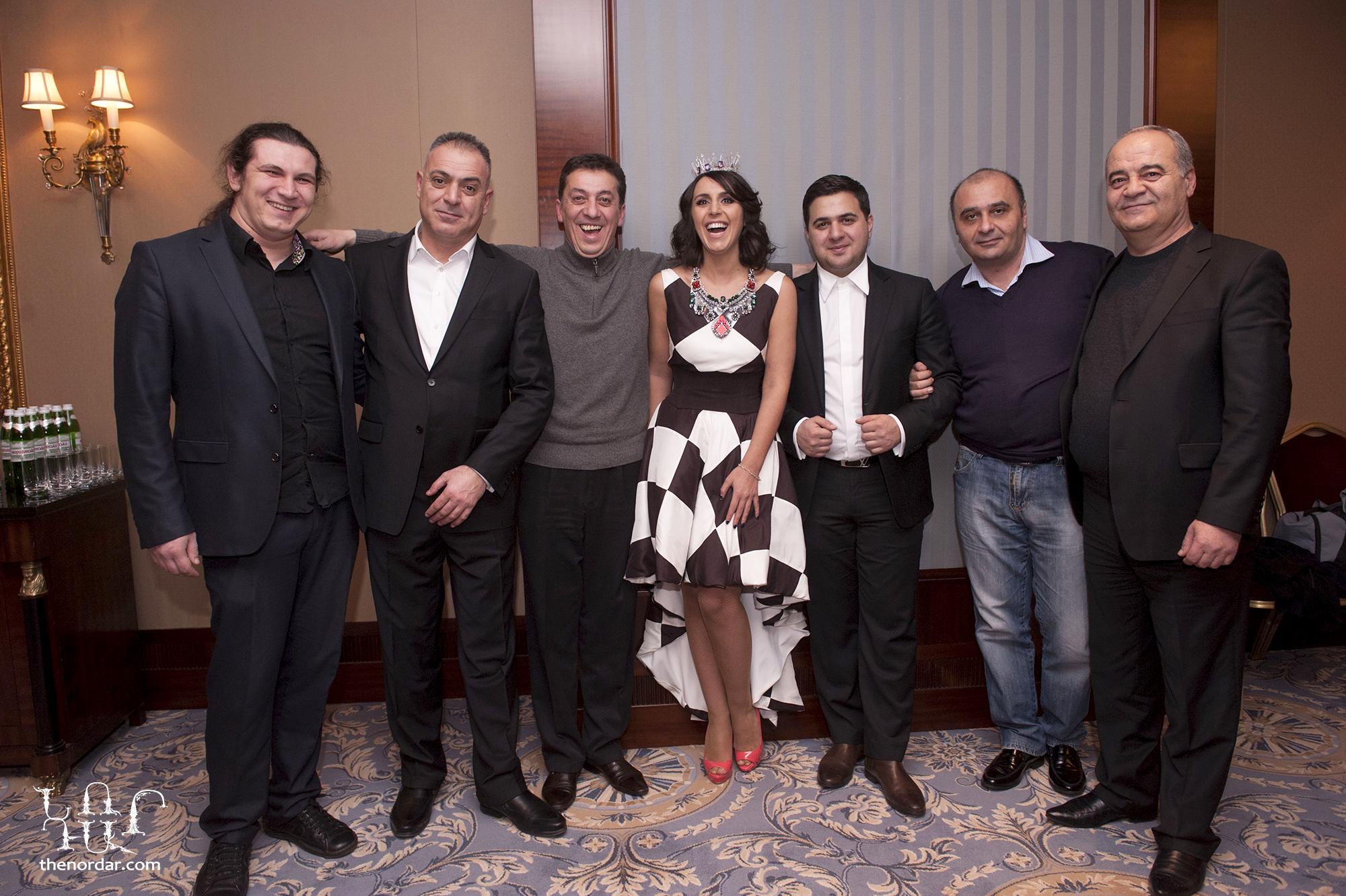 Джамала и армянские музыканты в гримерной