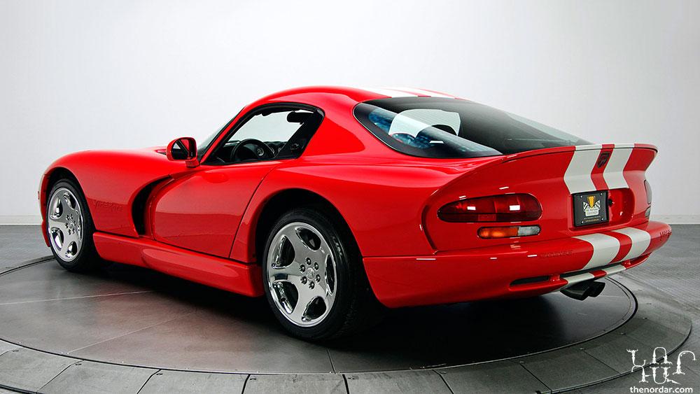 2002-Dodge-Viper-GTS-Final-Edition-V2-1080