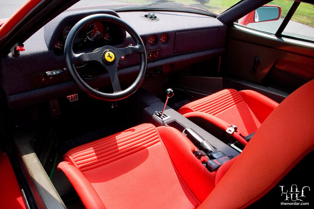 Ferrari_F40_32