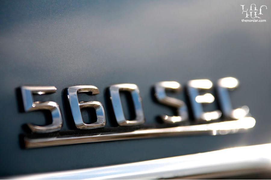 f900x600-F4F4F2-C-1f9f7547-248381