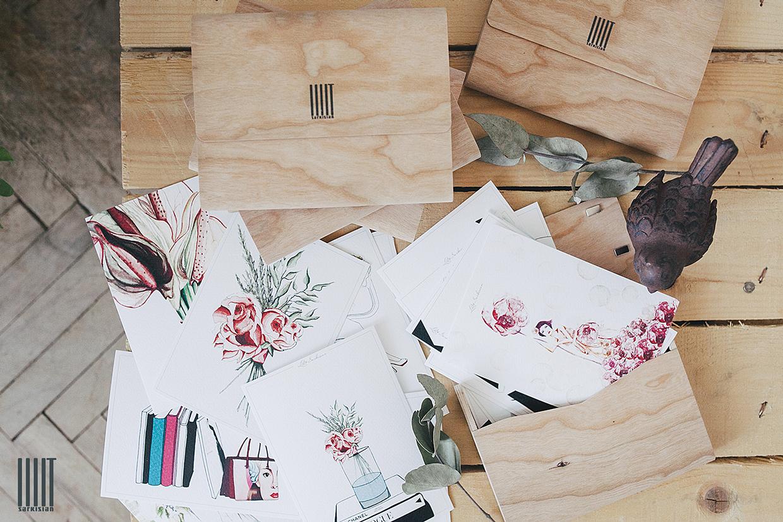 Серия иллюстрированных открыток в деревянной коробке IIIIT SARKISIAN