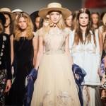 Цветочные принты LILIT SARKISIAN для коллекции NAVRO s/s 2016 на Ukrainian Fashion Week