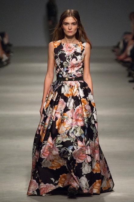Цветочные принты для коллекции NAVRO на Ukrainian Fashion Week